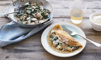 Creamy Chicken and Spinach Savoury Dutch Pancakes